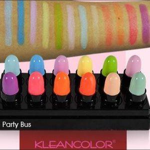 Love this product - Dozen Decker Lipstick Set